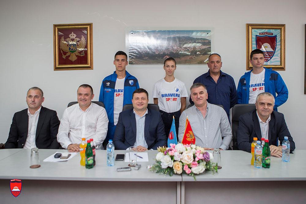Kompanija Bravera Sport donirala sportsku opremu Atletskom klubu Jedinstvo