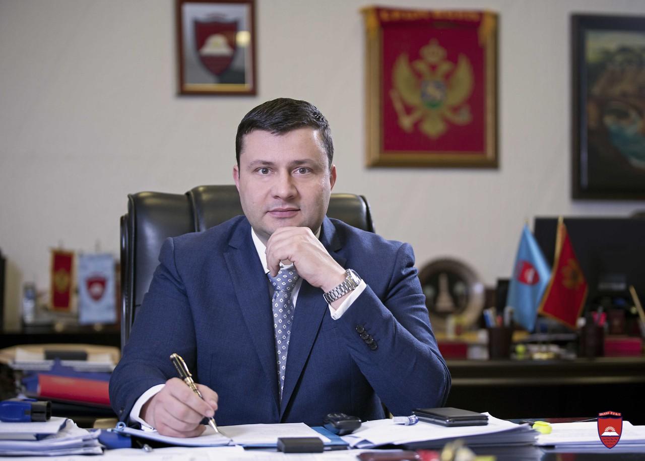 Predsjednik Opštine Petar Smolović čestitao Kurban-bajram