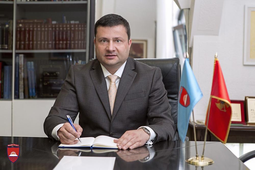 Predsjednik Opštine Petar Smolović čestitao Ramazanski Bajram