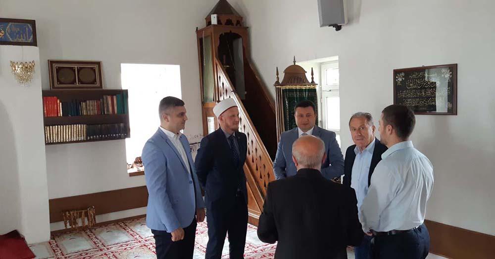 Predstavnici lokalne samouprave povodom Ramazanskog Bajrama posjetili Islamsku zajednicu